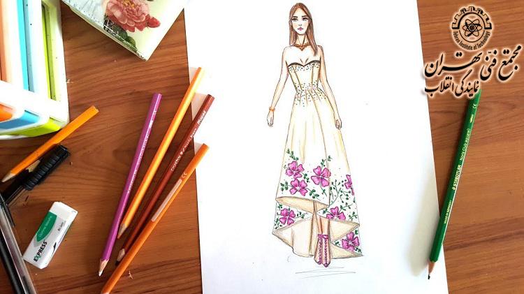 آموزش طراحی لباس  با مداد رنگی